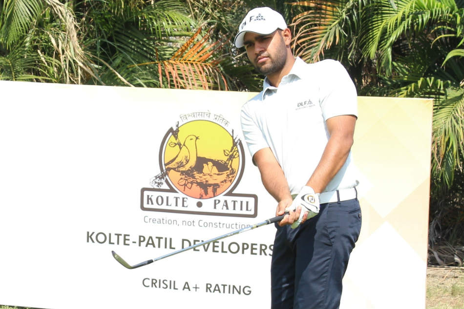 Delhi golfer Honey Baisoya in action on the third day of the Pune Open. (Credit: PGTI)