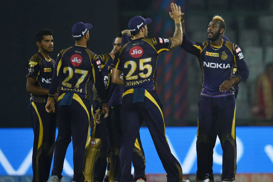 Bangalore and Mumbai fight for Survival in Indian Premier League