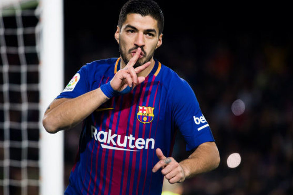 Luis Suarez and Samuel Umtiti were on a target as Barcelona defeated Valencia 2-1