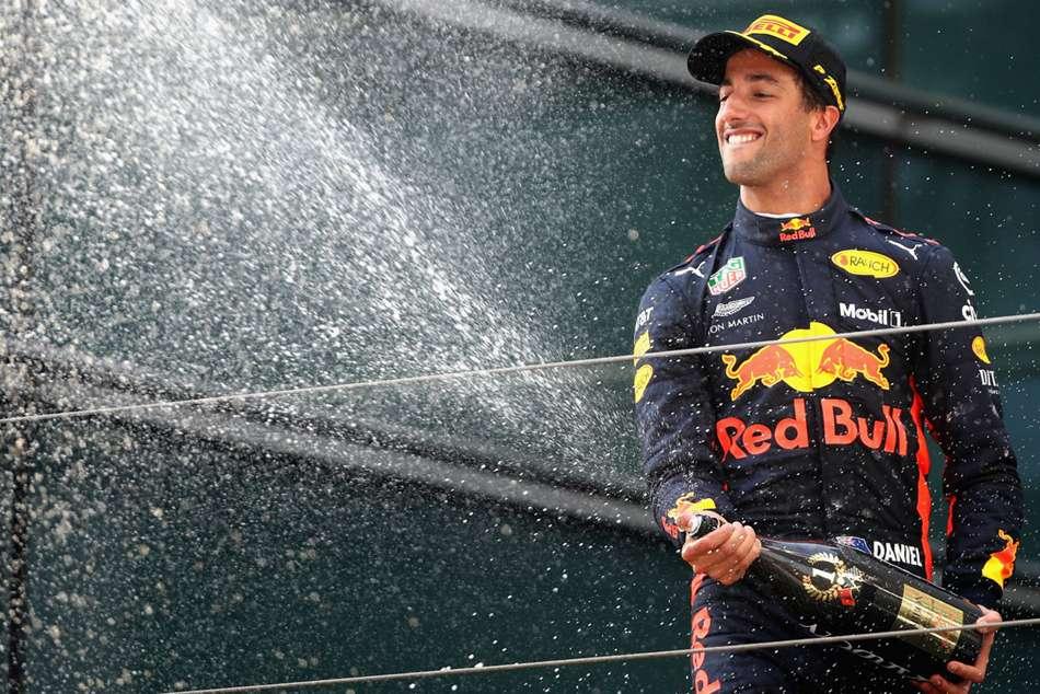 Daniel Ricciardo Needs More Wins Before Committing Red Bull