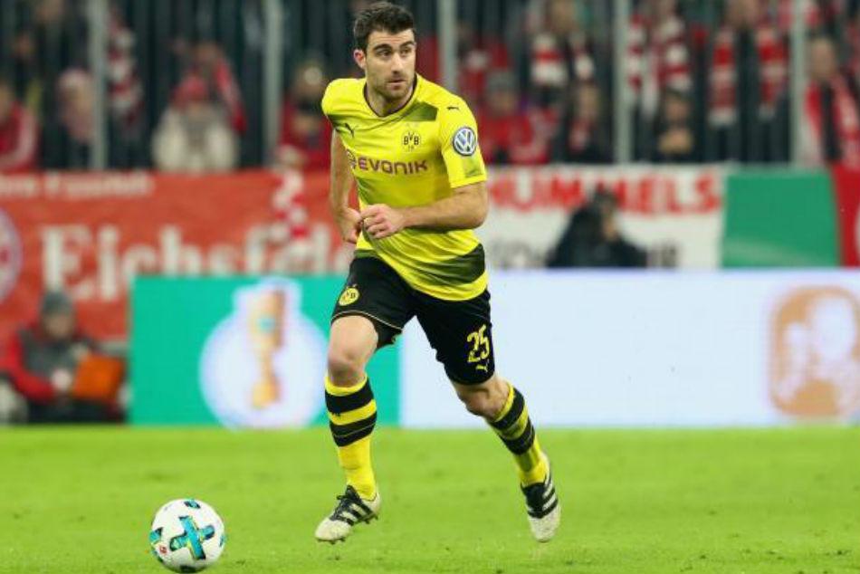 6bc32e811da Arsenal target Dortmund s Sokratis as part of defensive overhaul ...