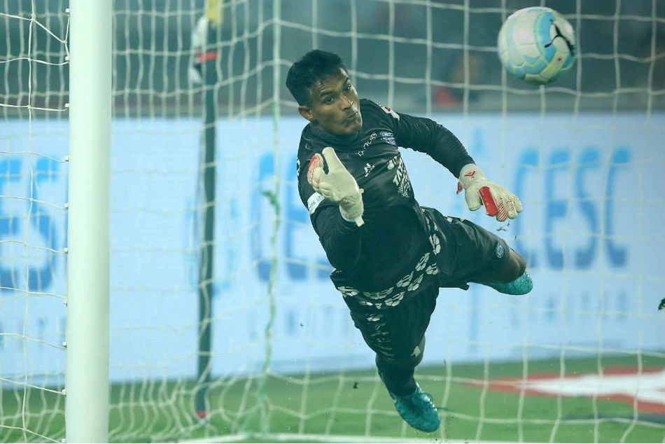 Subrata Paul of Jamshedpur FC was one of those who were sent off at half time during the Super Cup quarterfinal between JFC and FC Goa at the Kalinga Stadium in Bhubaneswar on Thursday (Image: ISL Media)