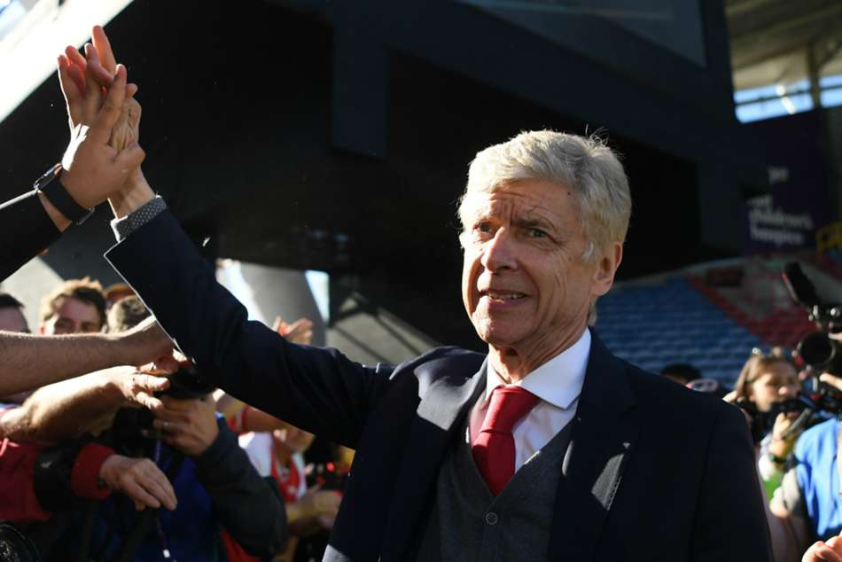 Arsenal Backroom Staff Follow Arsene Wenger Out Of The Club