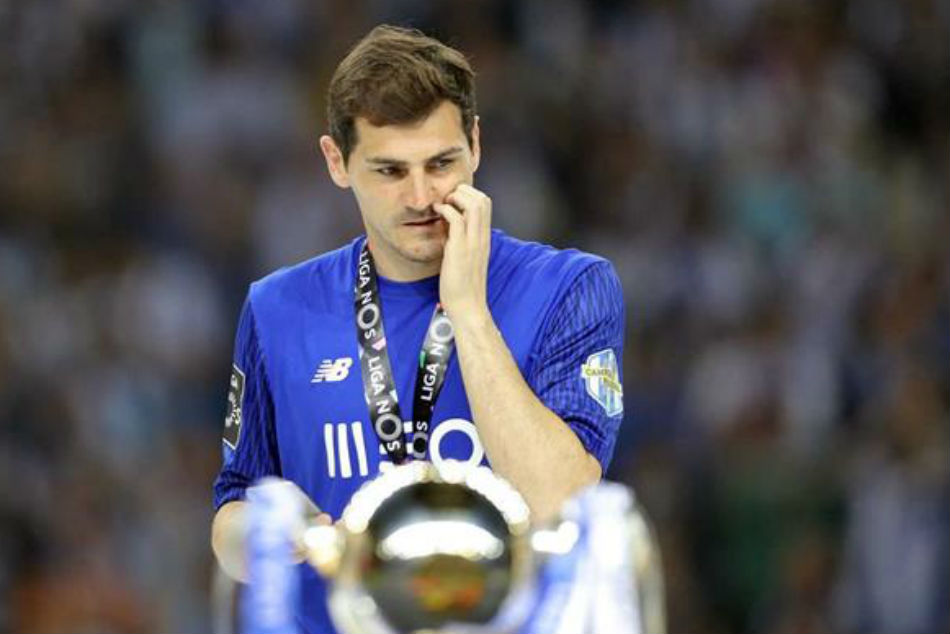 Casillas Hits At Real Over Refusal Pasillo Barcelona