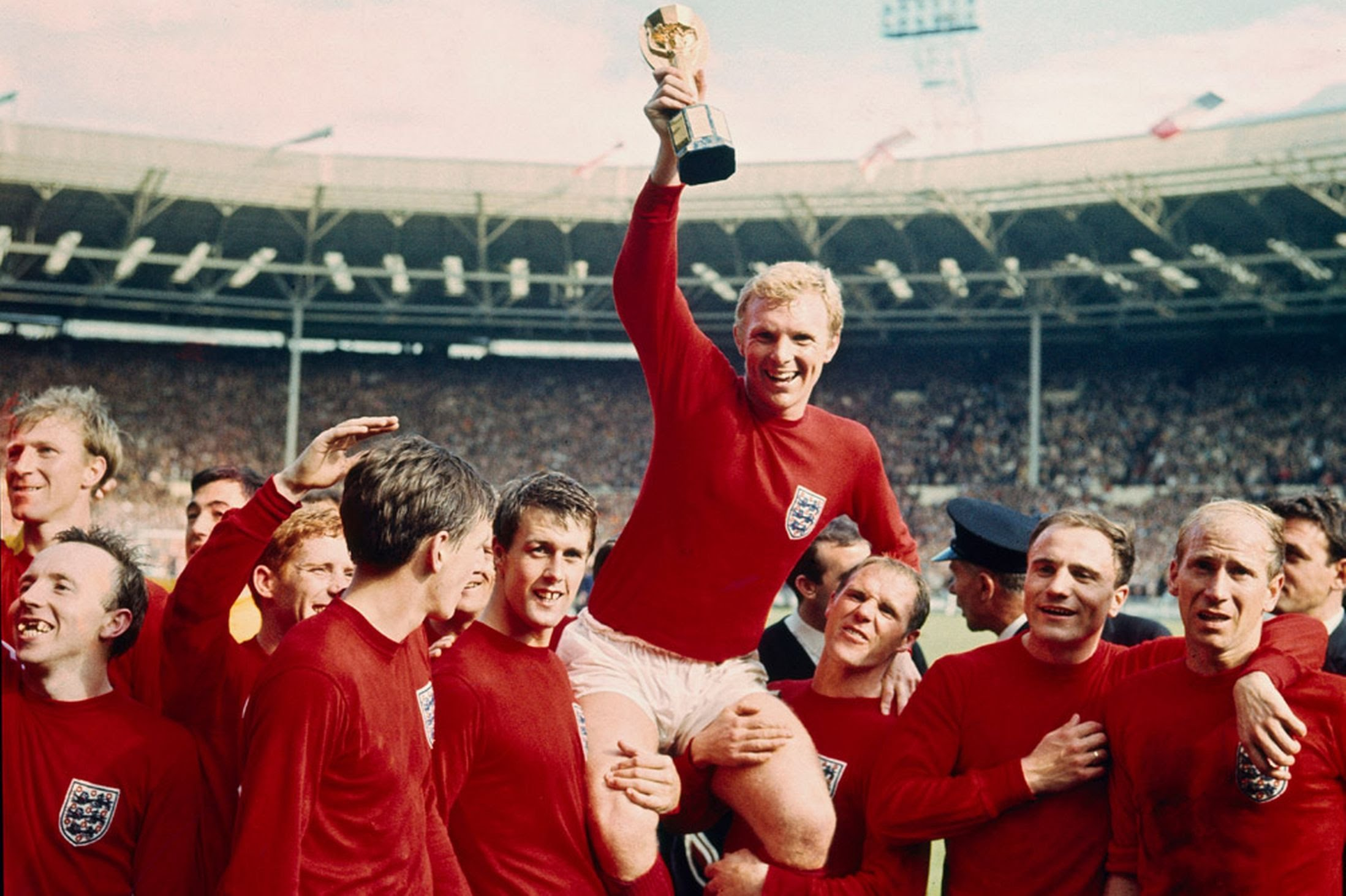 Bobby Moore: 1966 & 1970