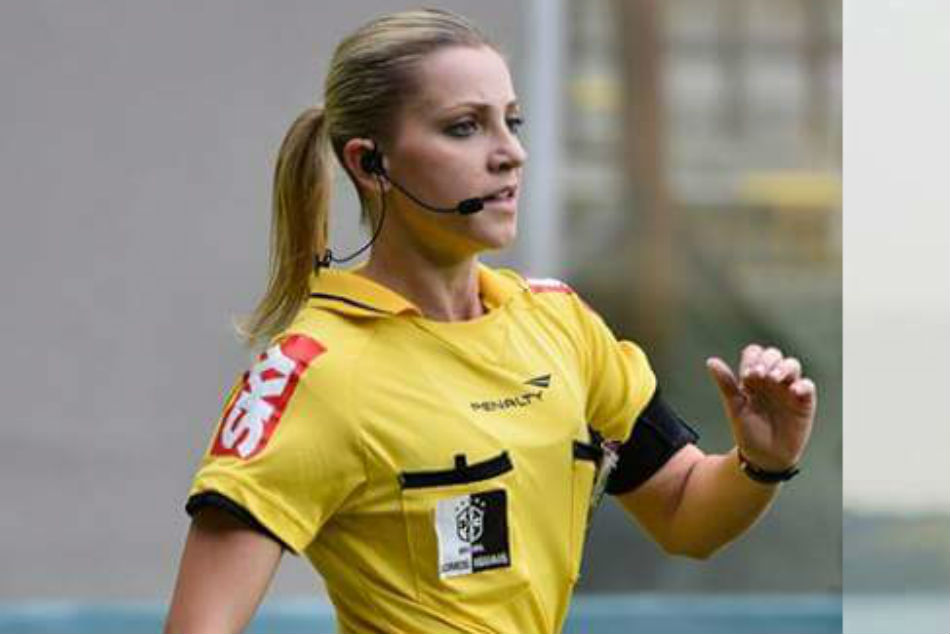 Fernanda Is The First Woman S Referee World Cup