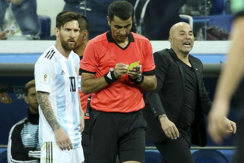 Argentina Squad Clouds Messi S Brilliance Claims Sampaoli