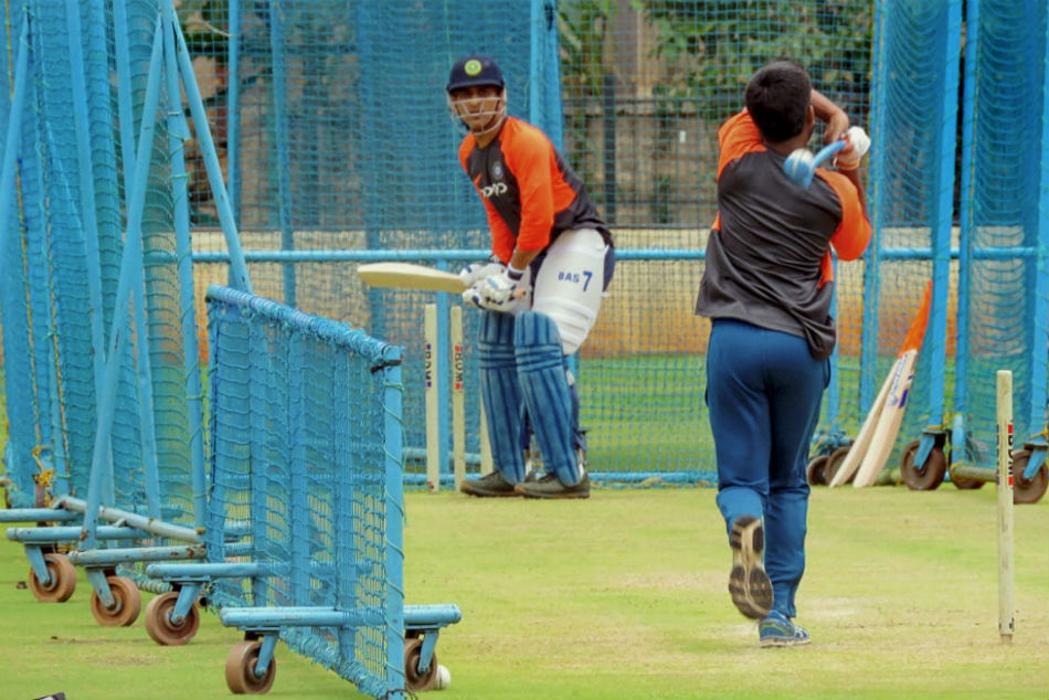 Ms Dhoni Trains At Nca Upcoming India England Tour