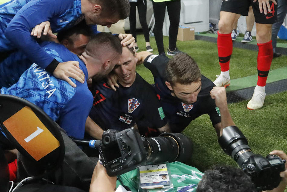 Fifa Wc 2018 Photographer Becomes Part Croatia World Cup Goal Celebration