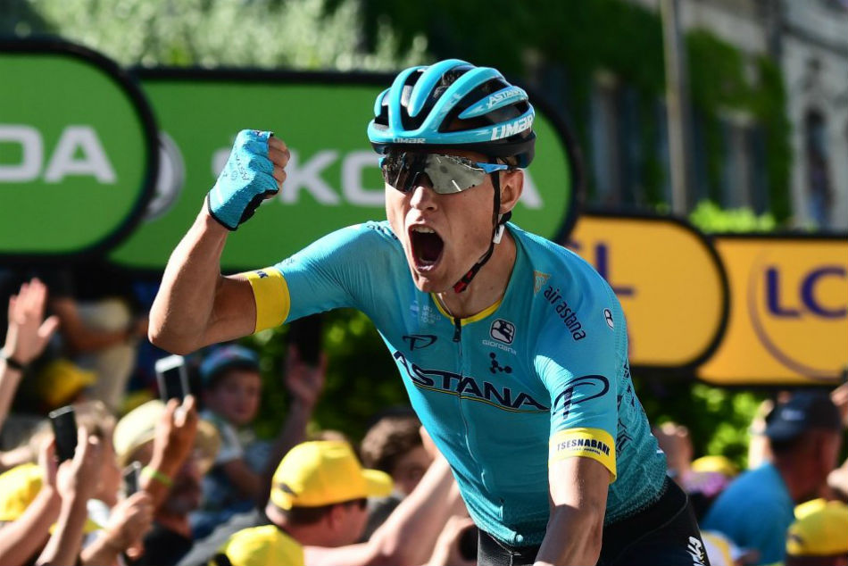 Cort Nielsen wins stage 15 of Tour de France