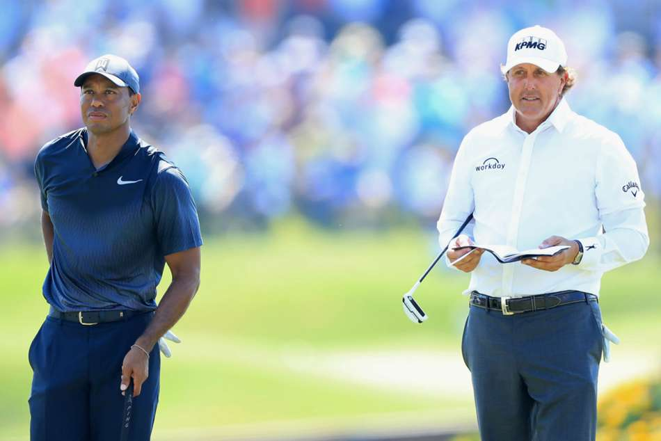 A big-money exhibition between Phil Mickelson and Tiger Woods has seemingly moved a step closer.