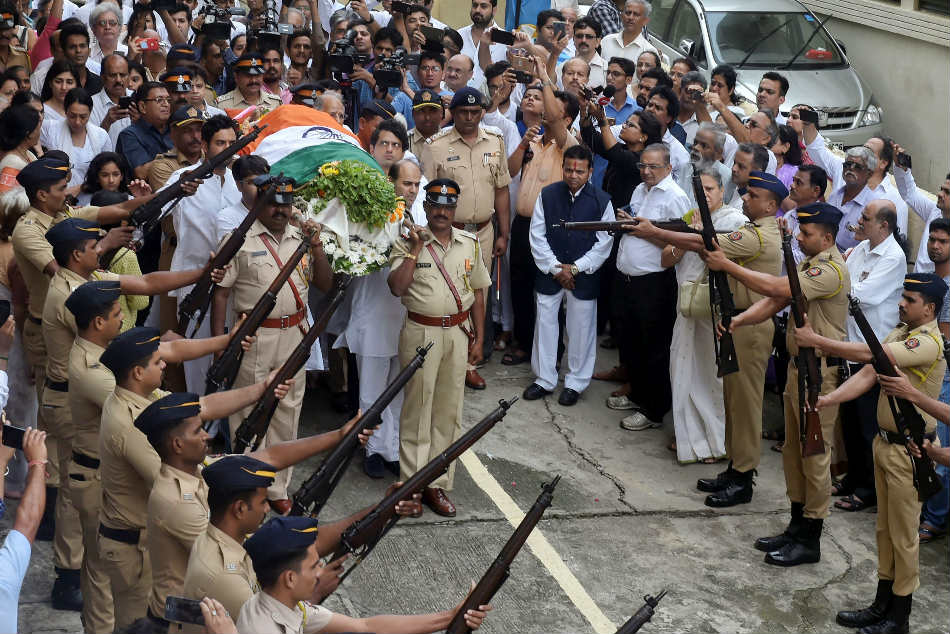Former India Cricketer Ajit Wadekar Cremated With State Honours