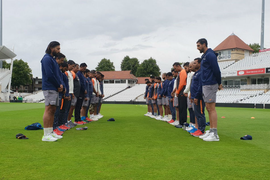 India Cricketers Pay Tributes Former Captain Ajit Wadekar England