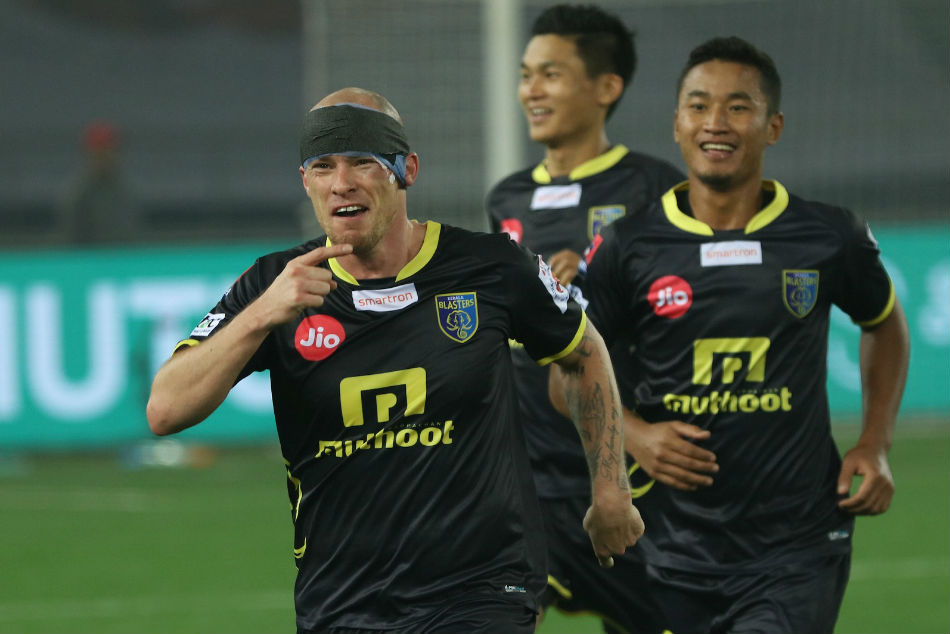 Iain Hume joins FC Pune City after playing for Kerala Blasters