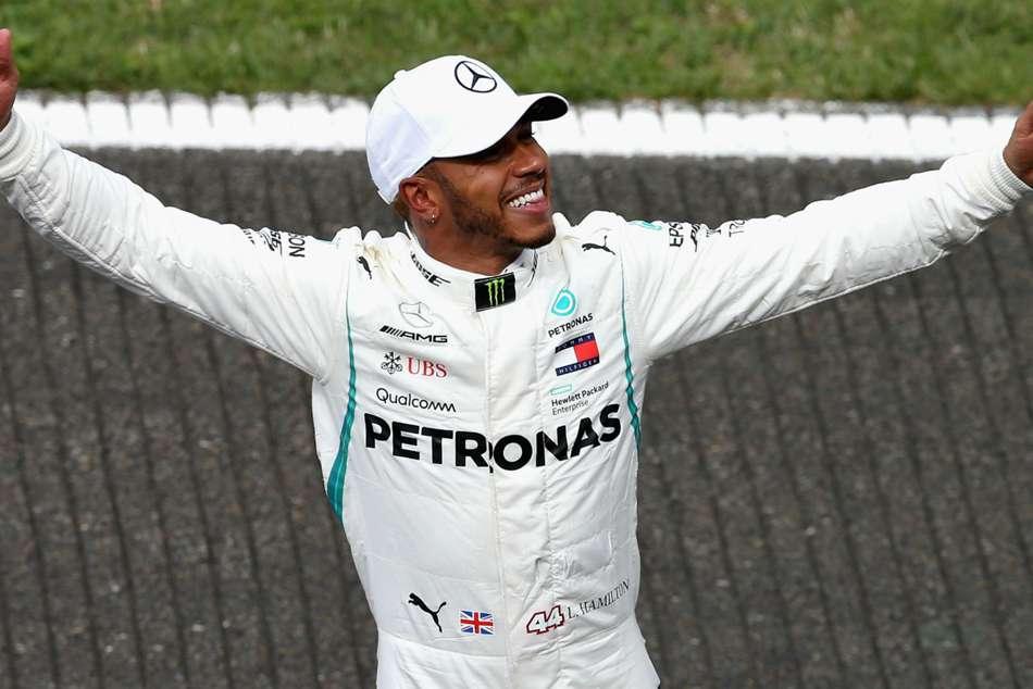 F1 Hamilton Shines After Spa Shower Take Pole At Belgium Grand Prix