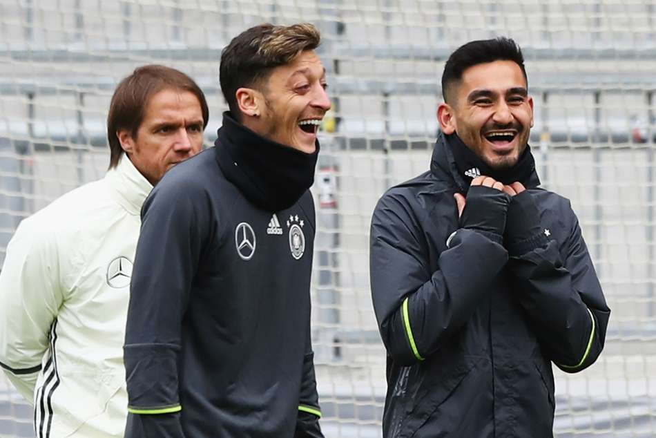 Ilkay Gundogan Mesut Ozil Retire Germany Duty