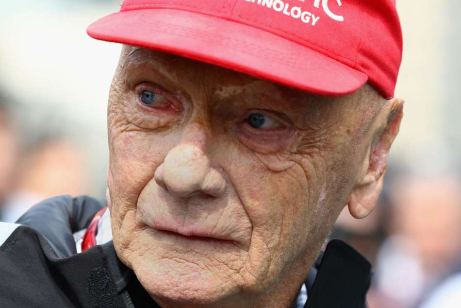 F1 Great Niki Lauda Undergoes Lung Transplant Surgery