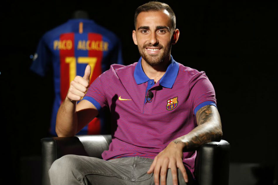 Watford in negotiations with Barcelona to sign Paco Alcacer
