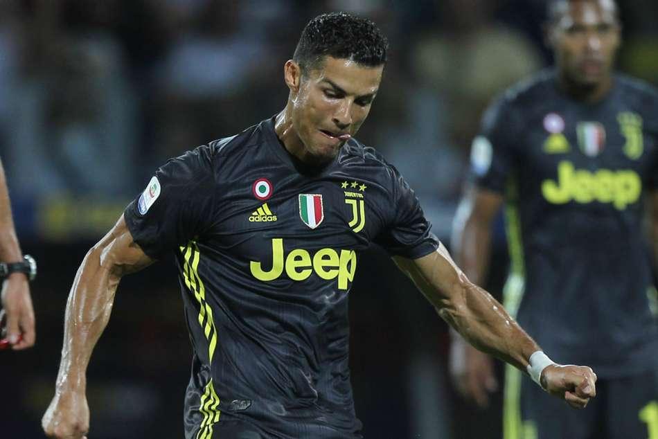 36bc0e3431a Serie A Frosinone Juventus Cristiano Ronaldo Redeemed Champions Perfect  Start Milan Draw