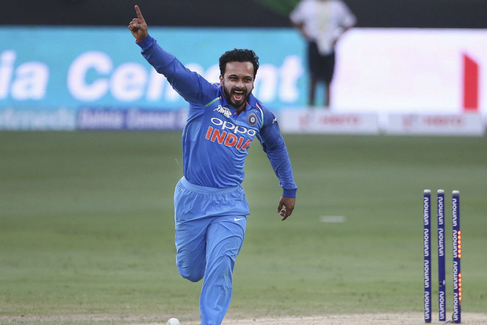 Kedar Jadhav Photos