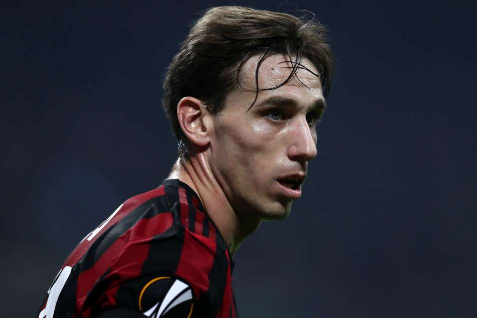 Lucas Biglia Wants New Ac Milan Contract Serie A News