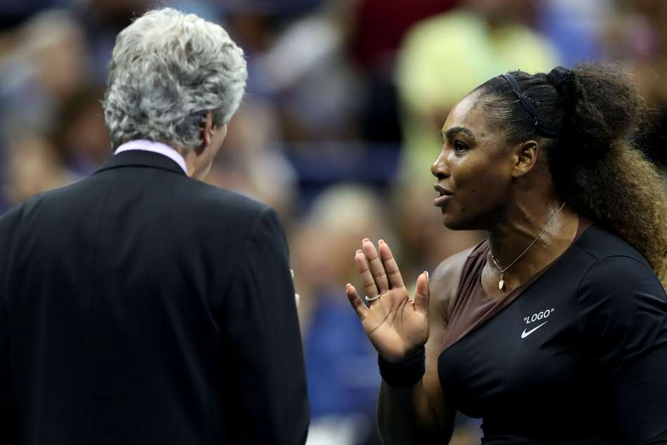 Serena Williams protests to referee during US Open 2018 final