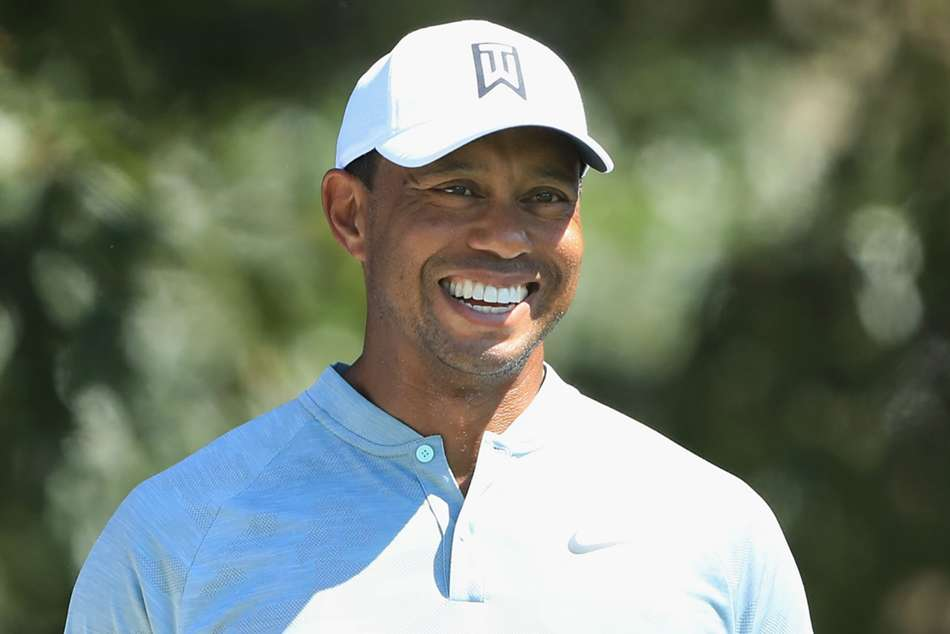 Woods And Rose Share Tour Championship Lead