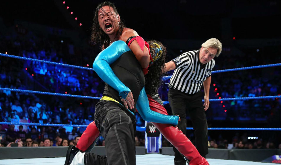 Jeff Hardy and Shinsuke Nakamura in action on Smackdown (courtesy WWE.com)