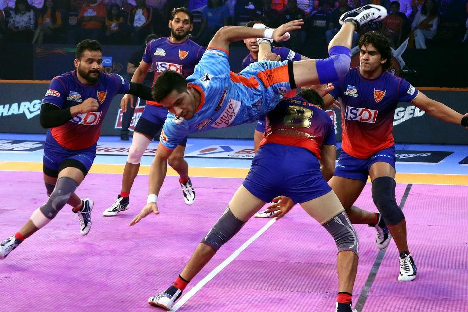 Pkl 2018 Dabang Delhi Beat Bengal Warriors 39 30 Inter Zonal Match