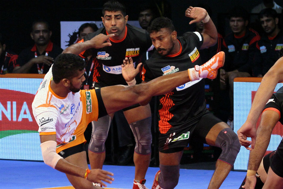 Pkl 2018 Puneri Paltan Edge Bengaluru Bulls 27 25 Inter Zonal Encounter