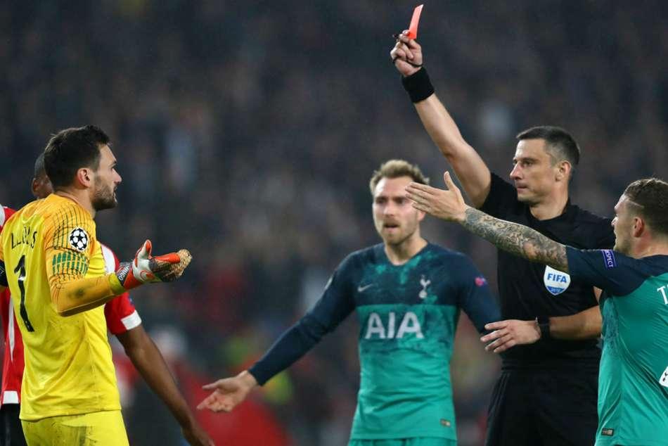 Psv 2 Tottenham 2 De Jong Snatches Draw After Lloris Red