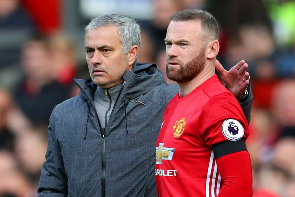 Jose Mourinho finds support in Wayne Rooney - cropped