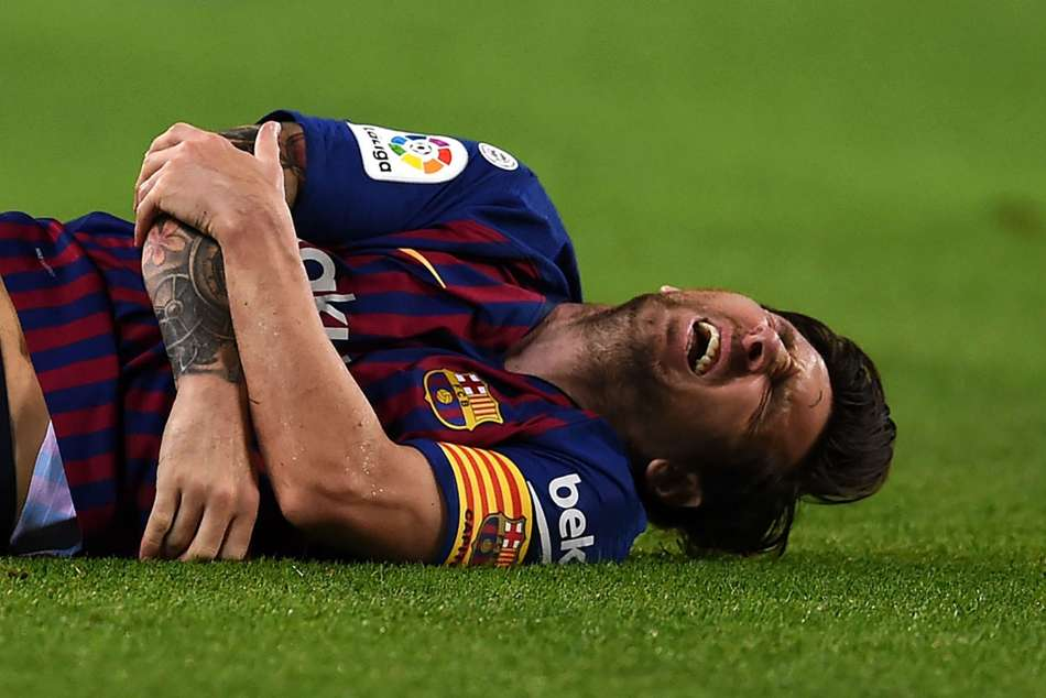 Lionel Messi Broken Arm Inter Real Madrid El Clasico Real Madrid La Liga Barcelona