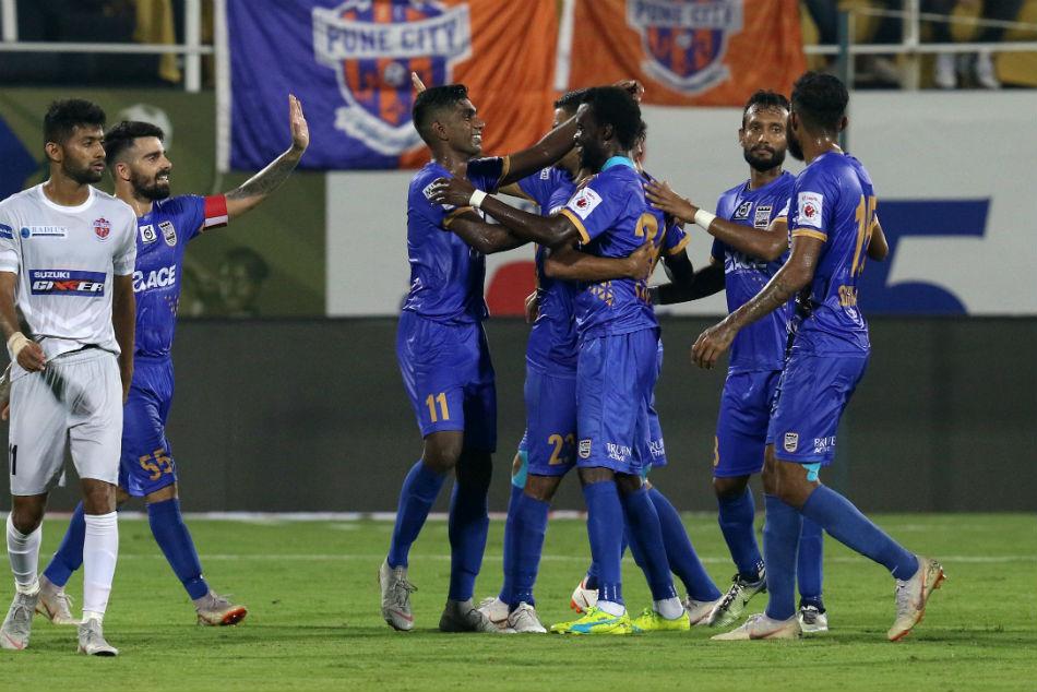 Mumbai City FC down FC Pune City