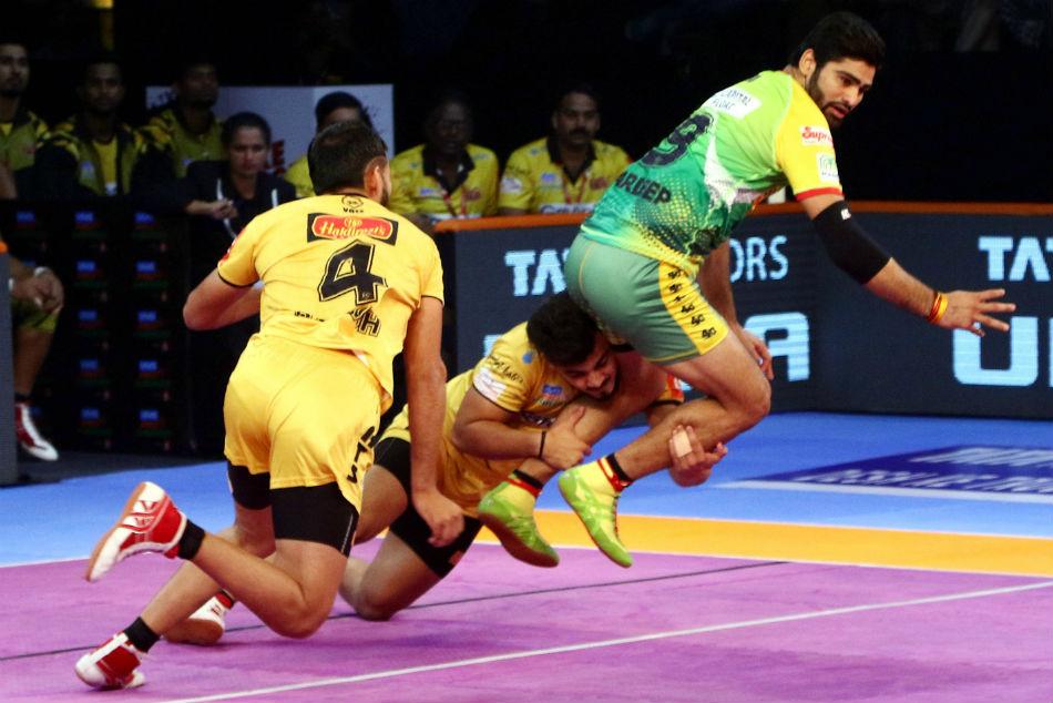 Pkl 2018 Defenders Shine As Telugu Titans Beat Patna Pirates 35