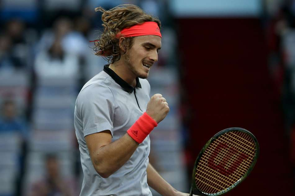 Stefanos Tsitsipas claims his maiden ATP World Tour crown