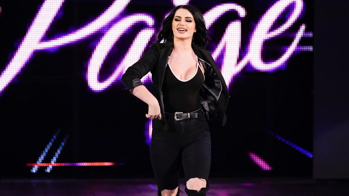 Paige addressed WWE Championship scenario on Smackdown (image courtesy WWE.com)