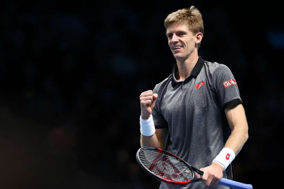 Anderson overpowers Thiem in ATP Finals opener