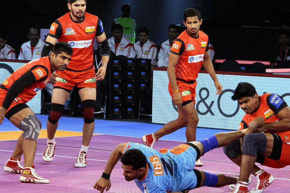 Pkl 2018 Sehrawat S Super 10 Not Enough As Bengal Warriors Beat Bengaluru Bulls