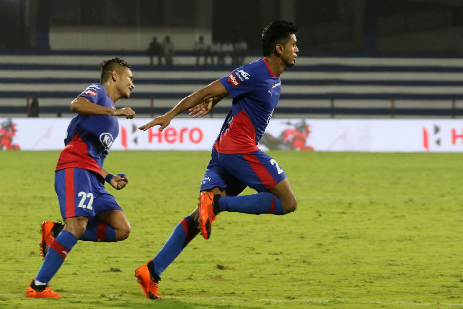 Isl 2018 Bfc Vs Fcpc Villain Turned Hero Bheke Hands Bengaluru Fc Sixth Straight Win Fc Pune City