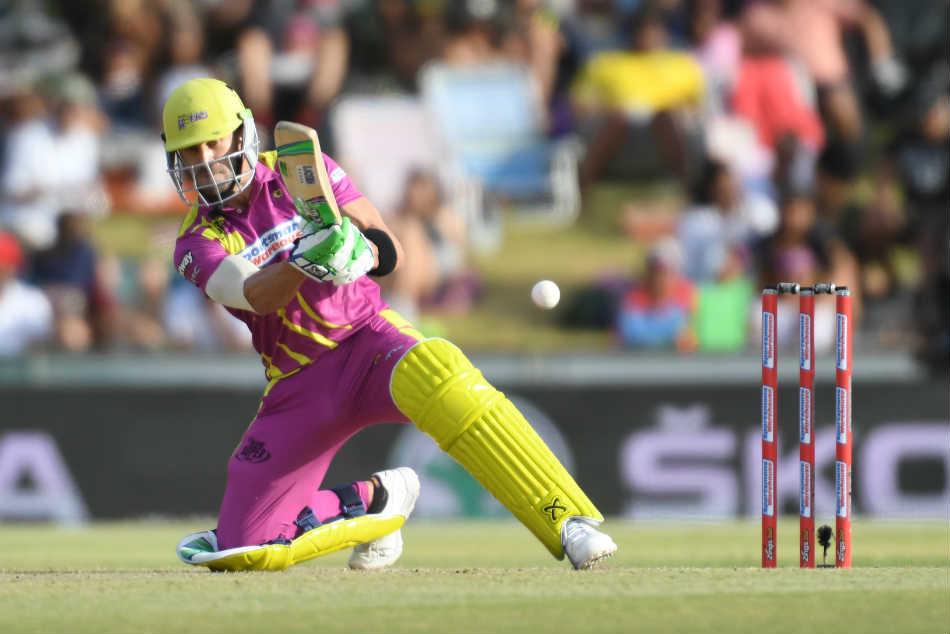 Faf du Plessis fifty was the guiding force behind Paarl Rocks win