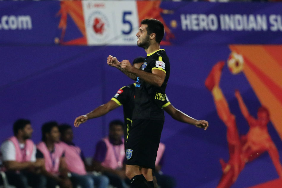 Nikola Krcmarevic of Kerala Blasters FC converts corner into a goal against FC Pune City in Hero ISL