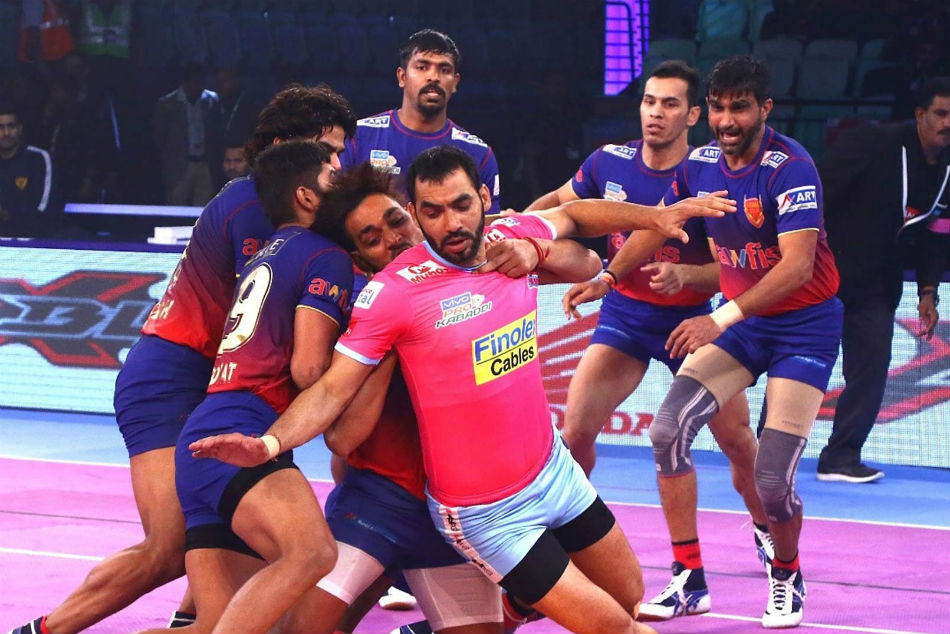 PKL 2018: Dabang Delhi start off home leg with 13-point win over Jaipur Pink Panthers
