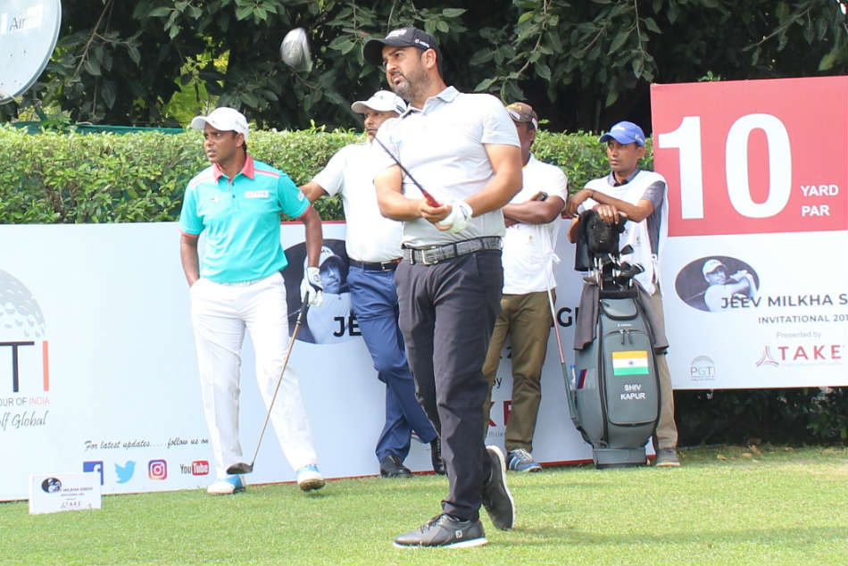 Shiv Kapur Makes Memorable Return Chandigarh Posts 65 Equal Course Record And Take Lead