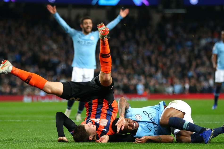 Manchester City 6 Shakhtar Donetsk 0 Bizarre Penalty Contributes To Comfortable Win