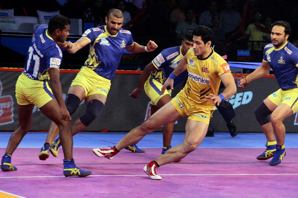 Pkl 2018 Ajay Thakur Displays Strength As Tamil Thalaivas Beat Telugu Titans 27