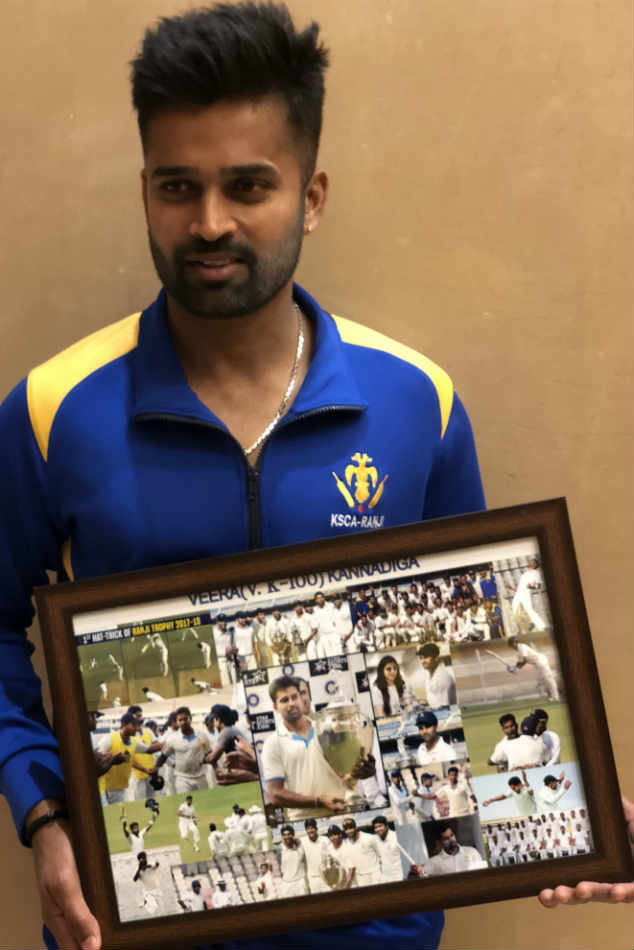 Vinay Kumar with a memento