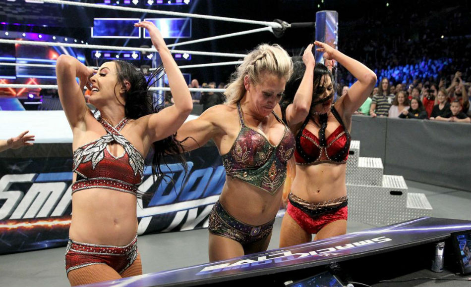 Charlotte (center) continued her ruthlessness on Smackdown (image courtesy WWE.com)