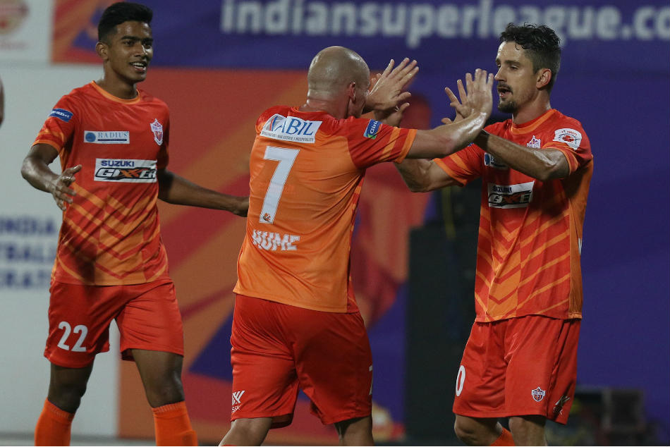 Isl Pune Continue Resurgence With 2 0 Win Over Goa
