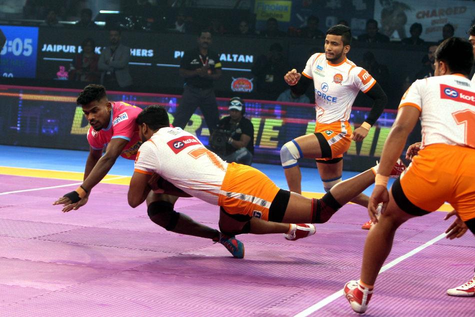 Pkl 2018 Jaipur Pink Panthers Beat Puneri Paltan